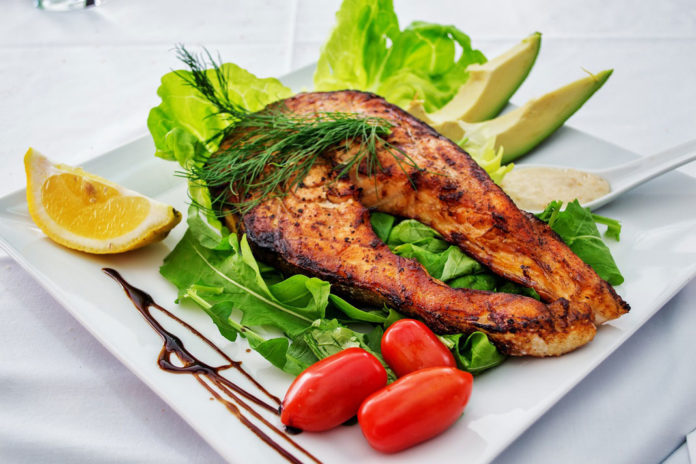 Fish Recipe: Grilled BBQ Salmon and Quick Arugula Salad | Outdoor Newspaper