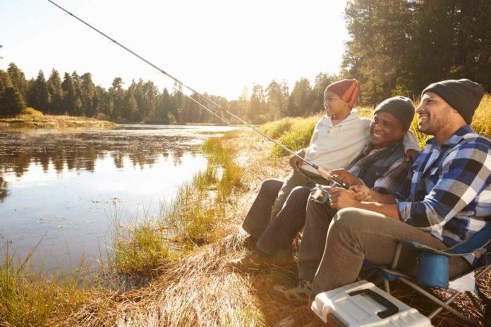Top 10 Fantastic Fall Fishing Spots in Iowa - Outdoor Newspaper